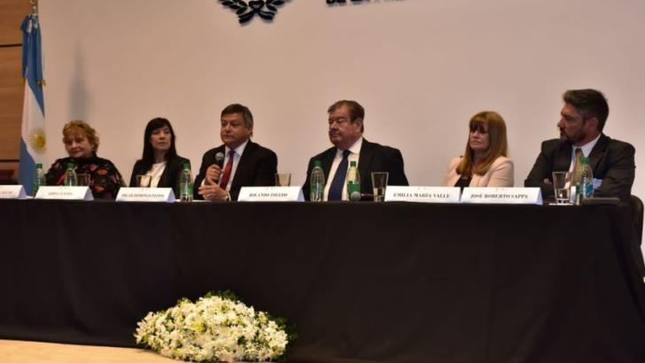 Peppo encabezó la apertura del aniversario del Consejo de la Magistratura y del Foro Federal