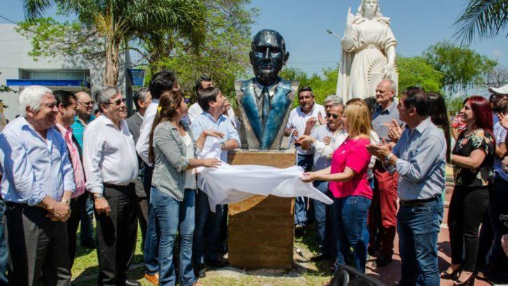 Barranqueras: inauguraron busto de Perón por el Día de la Lealtad