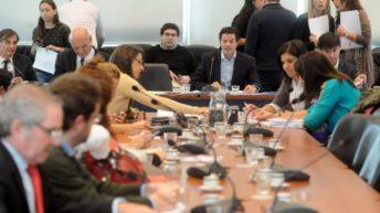 """Diputados de la Comisión de Presupuesto comienzan a discutir los aspectos centrales de la """"Ley de Leyes"""""""