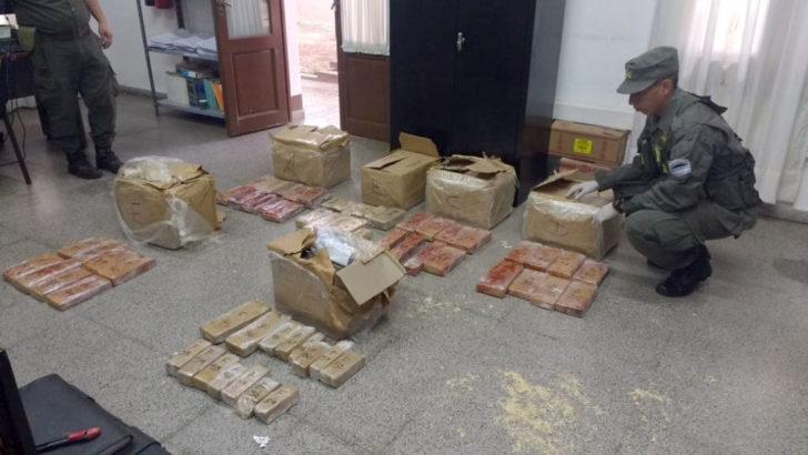 Chaco y San Juan: incautan más de 110 kilos de marihuana ocultos en bolsos y encomiendas