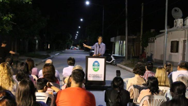 Capitanich inauguró obras de pavimento en el barrio Soesgype