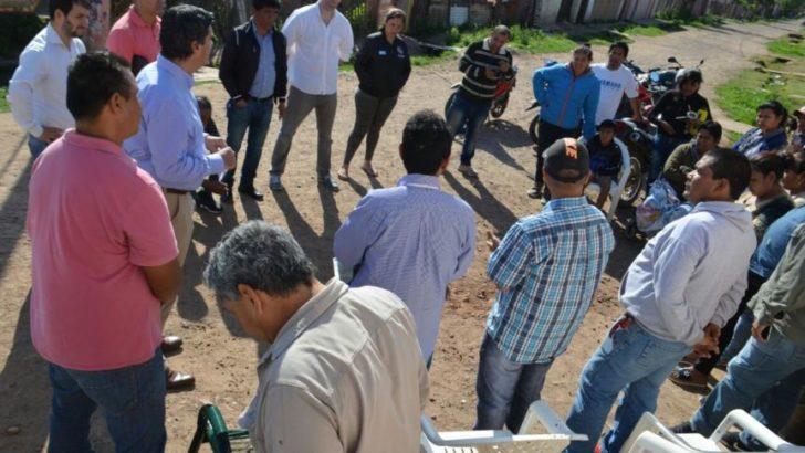El intendente recorrió el barrio Crescencio López y coordinó futuros operativos con los vecinos