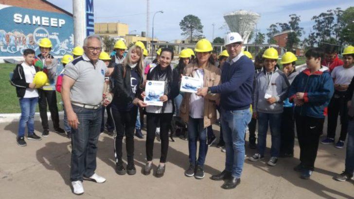 Estudiantes de la EGB N° 518 visitaron la planta potabilizadora de Sameep