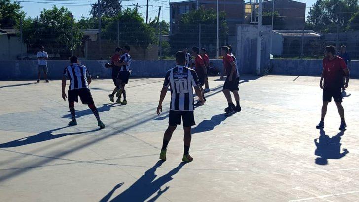 Handball: For Ever alcanzó la cima masculina y consolida el liderazgo en damas junto a San Martin