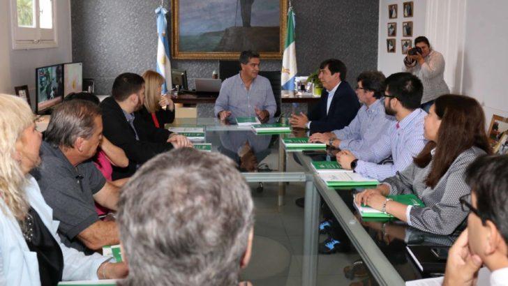 Capitanich entregó al cuerpo legislativo comunal el Presupuesto 2019