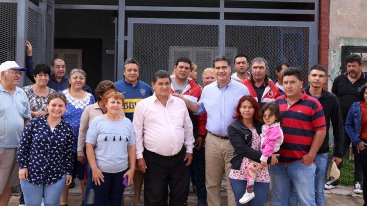 Capitanich supervisó trabajos municipales en los barrios Santa Catalina y Villa Gonzalito