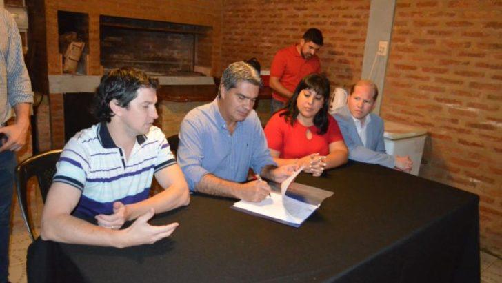Financiamiento compartido: Municipio y vecinos realizarán obra de pavimento en el barrio 130 Viviendas