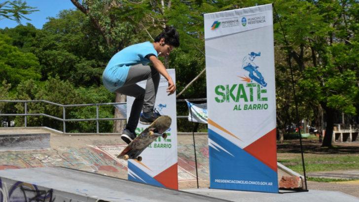 """Gustavo Martínez presentó """"Skate al barrio"""", un nuevo programa de inclusión a través del deporte"""