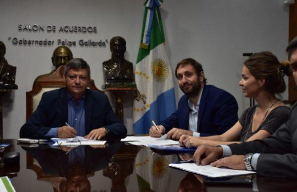 Una buena para Chaco: 300 cuadras de pavimento y obras complementarias para 9 localidades 1