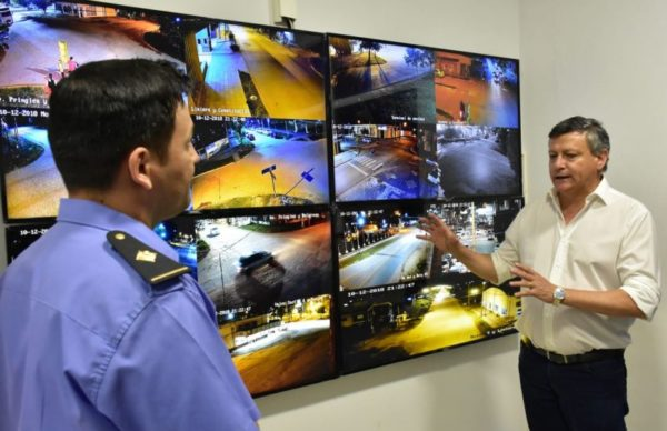 Al inaugurar una comisaría en Charata, Peppo destacó las inversiones en seguridad 1