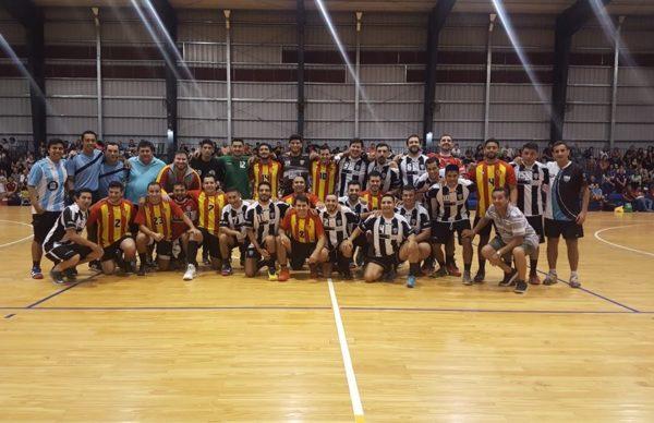 Handball: For Ever, campeón de la Copa Yaguareté en mayores damas y caballeros 1