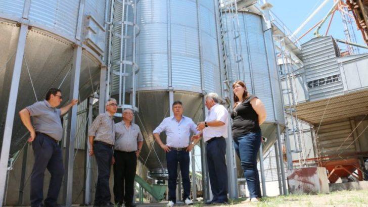 Peppo visitó la planta de Frigoporc y ratificó el apoyo a la industria local