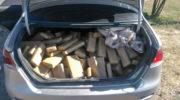 Los atraparon con más de 151 kilos de marihuana escondidos en el baúl