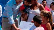 Desarrollo Urbano entregó certificados de RUBH en el barrio Sáenz Peña de la ciudad termal