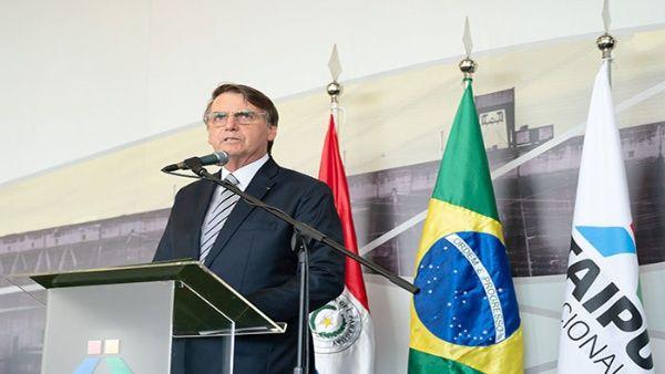 Stroessner tiene quien lo defienda: sí, Bolsonaro