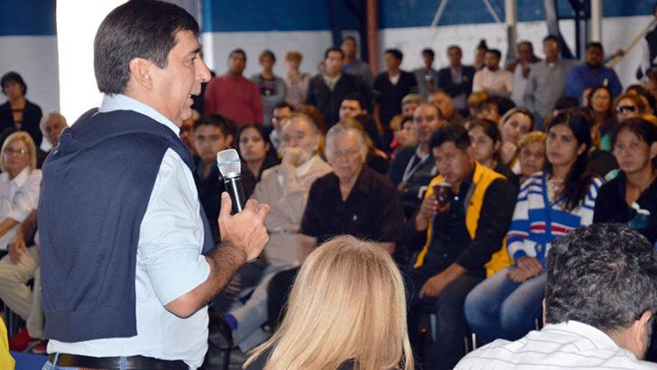Gustavo Martínez dialogó con entidades intermedias y comisiones vecinales de la zona sur