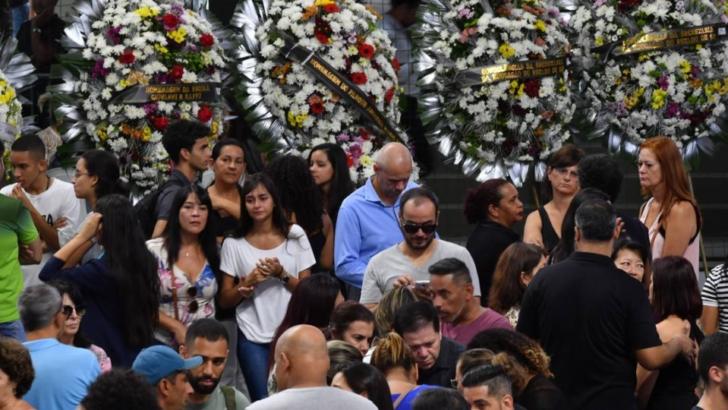 Brasil: despidieron a las víctimas de la masacre