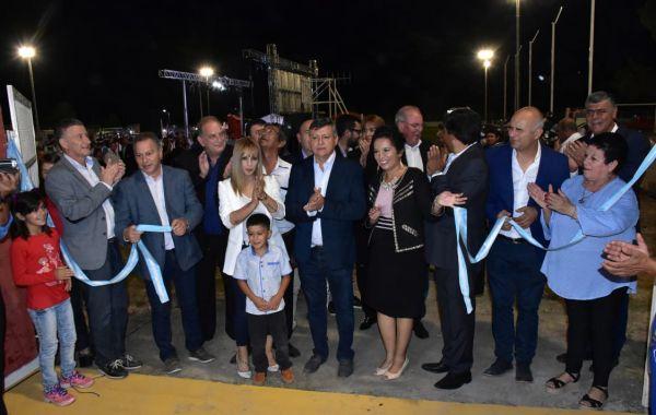 Enrique Urien: Peppo inauguró múltiples obras en el aniversario de la localidad