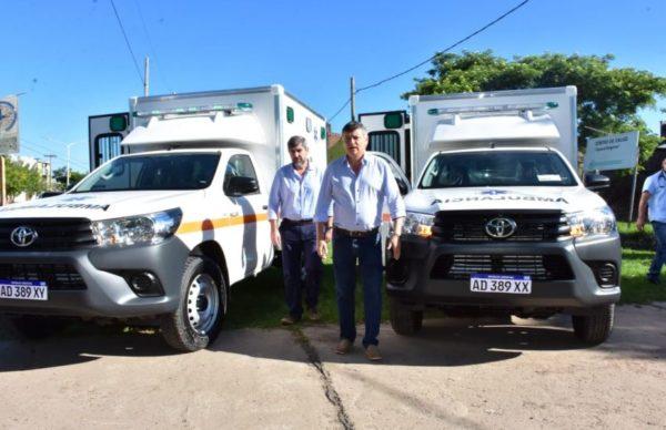 Entregaron 2 ambulancias para hospitales de El Impenetrable