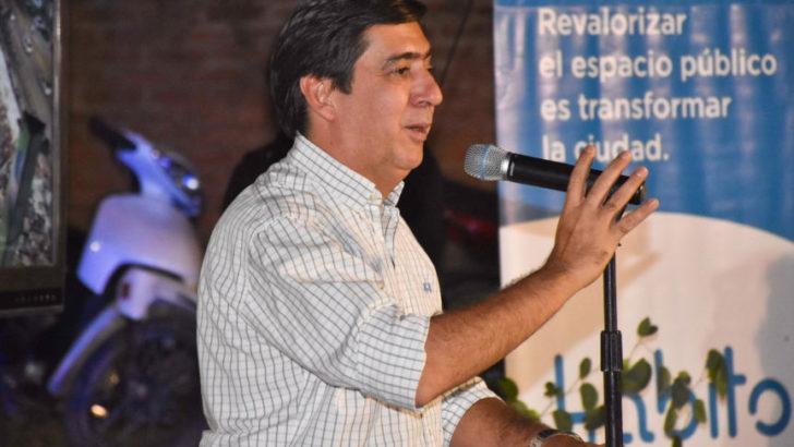 Gustavo Martínez garantizó la continuidad de la pavimentación de ser intendente
