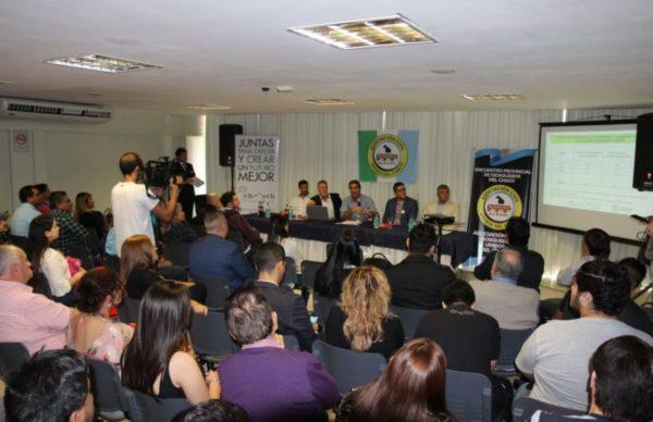 Kiosqueros: Capitanich suscribió convenio en apoyo al sector 1