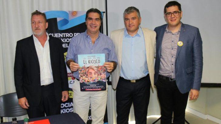 Kiosqueros: Capitanich suscribió convenio en apoyo al sector