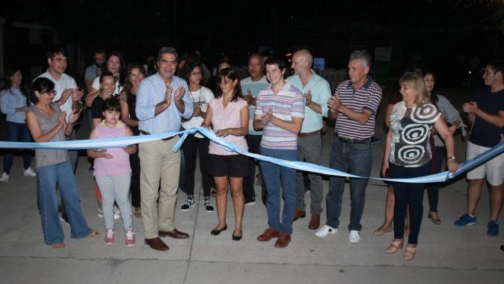 Pavimento récord: Capitanich inauguró cinco cuadras en el barrio UOM