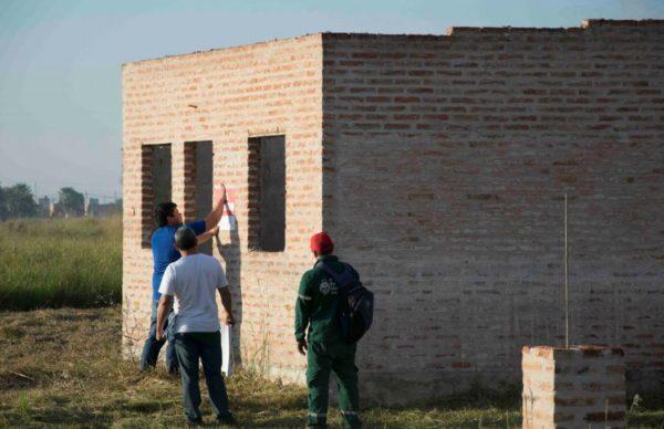 Barrio Las Palmeras: clausuraron construcciones ilegales e intimaron a los ocupantes 1