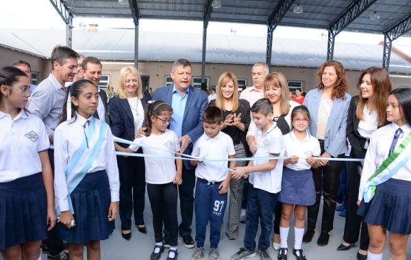 El gobernador inauguró obras en la Escuela 319