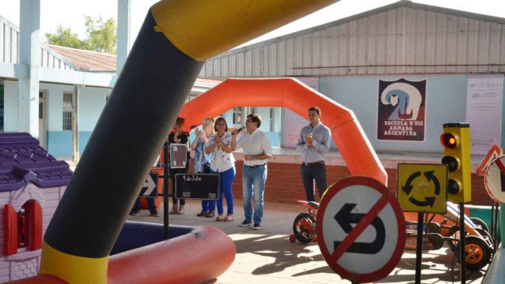 Gustavo Martínez acompañó una nueva jornada de educación vial en la Escuela N° 835