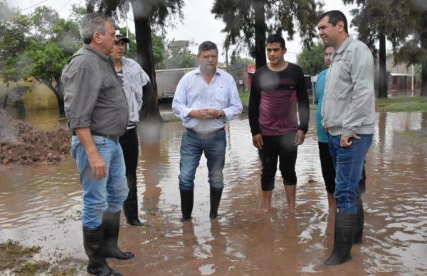 Sáenz Peña: Peppo dialogó con familias evacuadas