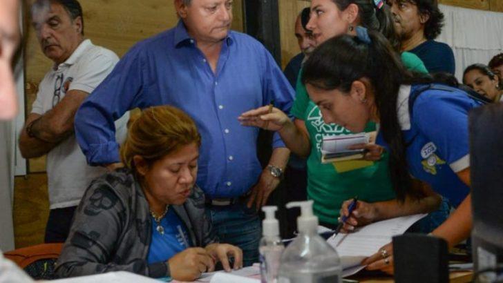 Supervisan el centro de asistencia a evacuados