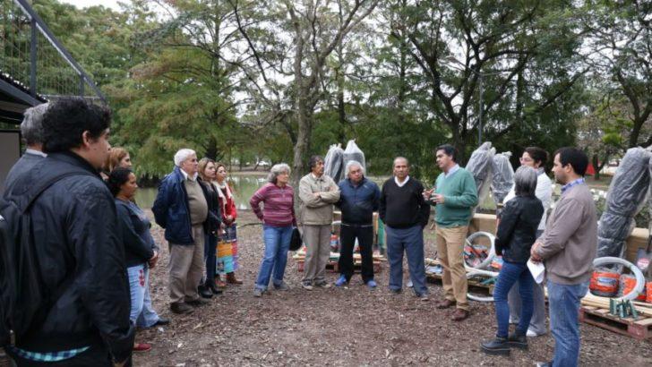 Economía Social: Capitanich participó de la entrega de herramientas a productores locales