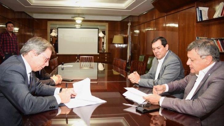 Emergencia hídrica: Provincia y Nación firmaron el convenio para asistir a productores afectados