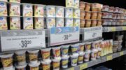 Precios Esenciales: Defensa al Consumidor detectó faltantes de leche