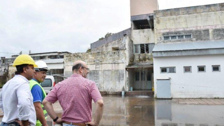 Sameep efectuó la limpieza del tanque de agua de la escuela 518