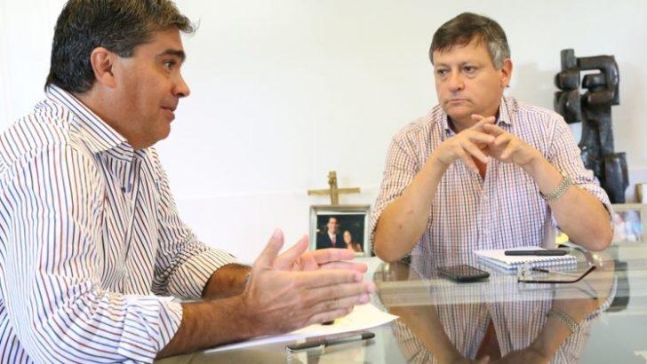 """Intendentes apoyan a Peppo y Capitanich advirtió que prefiere """"no ser esclavo de las corporaciones"""""""
