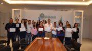 Capitanich entregó microcréditos a emprendedores productivos locales