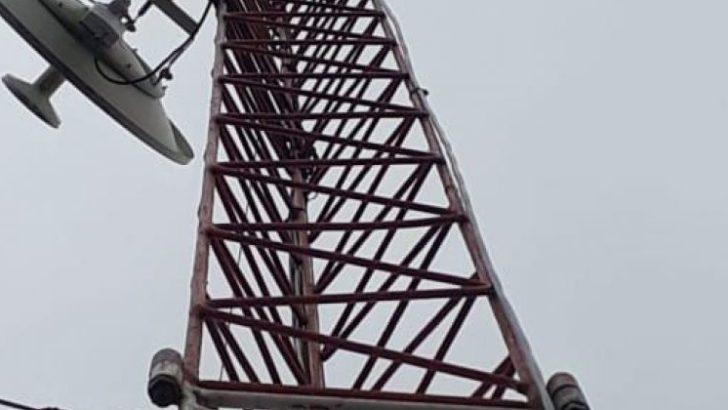 Ecom con licencia exclusiva de banda ancha para llevar internet y telefonía local para zonas rurales