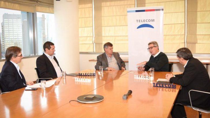 Peppo pidió a Telecom un plan para mejorar la conectividad en el interior de Chaco