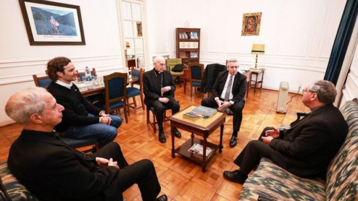 Alberto y la Conferencia Episcopal analizaron «la delicada» situación social