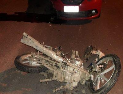 Colonia Elisa: un hombre perdió la vida en un choque entre un auto y una moto