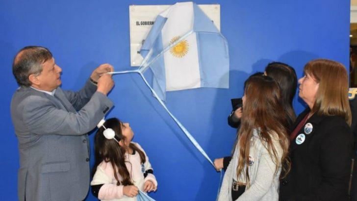 Descubrieron una placa en homenaje a Celso Vallejos, tripulante chaqueño del ARA San Juan