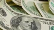 El dólar bajó 74 centavos: Lacunza y Sandleris echan mano de las reservas