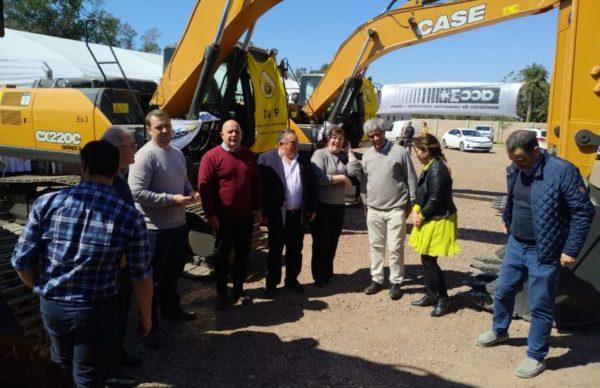 El Gobierno provincial y Consorcios Camineros presentaron nuevas maquinarias 1