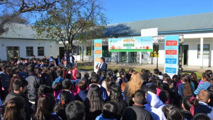 """Equipo Hábitat concreta un operativo de reparación en la escuela N° 518 y la biblioteca """"Graciela Cabal"""""""