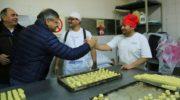 Gobierno aportará recursos para que las panaderías adheridas ofrezcan el kilo de pan a 55 pesos