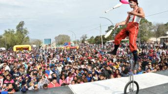 La Fiesta de los Chicos se concretó en el barrio Mujeres Argentinas y convocó a una gran cantidad de familias