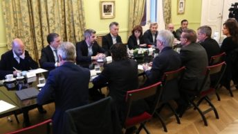 Macri y sus ministros avanzan en un paquete de medidas económicas