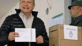 """Peppo votó en Villa Ángela y afirmó que """"las familias esperan un país mejor"""""""